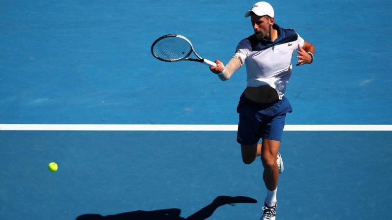 Masters 1000 Shanghai, Djokovic cancella Cecchinato. Federer a fatica