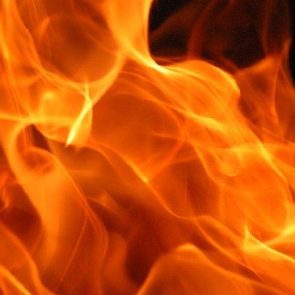 Palermo, incendio a Poggio Ridente: case evacuate