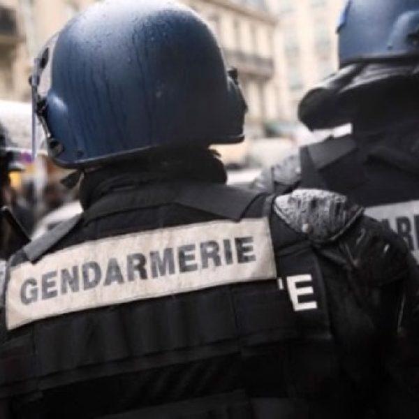 Francia, auto contro gendarmi: preso il fuggitivo