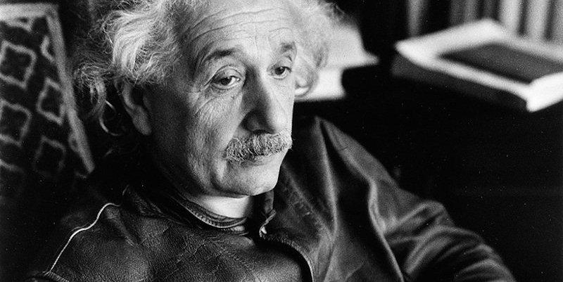Levi's rimette in vendita la giacca di pelle di Einstein