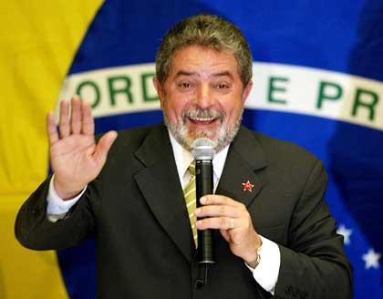 Brasile, confermata la condanna a 12 anni di carcere per Lula