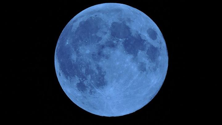 Warm Moon, il 31 marzo tutti con gli occhi al cielo