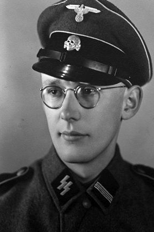 È morto a 96 anni il nazista Oskar Groening: era il contabile di Auschwitz