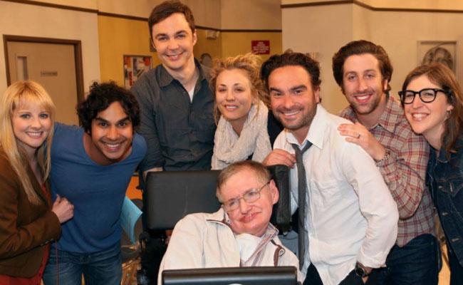 Stephen Hawking, il ricordo di The Big Bang Theory