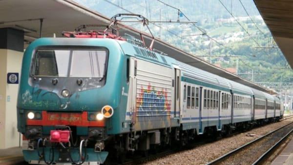 Bologna, operaio folgorato durante lavori alla linea ferroviaria