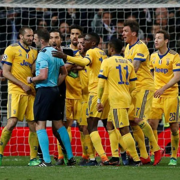Champions League, Real Madrid-Juventus termina 1 - 3 bianconeri beffati nel finale