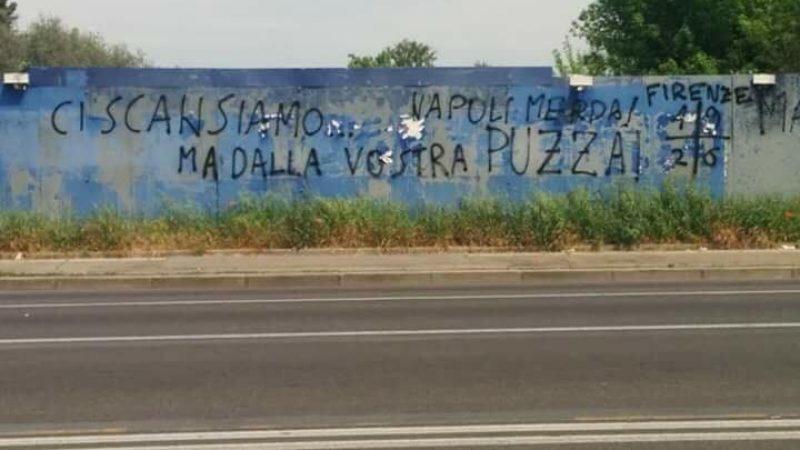 Firenze, murales d'insulti contro i napoletani