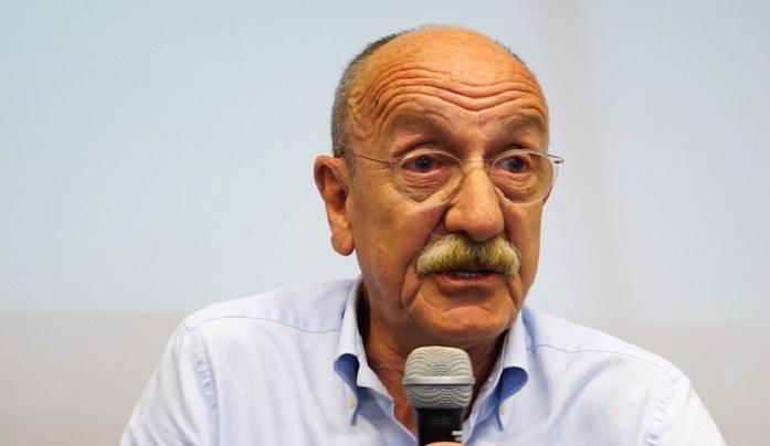 Palermo, il giudice Ayala ferito in un incidente