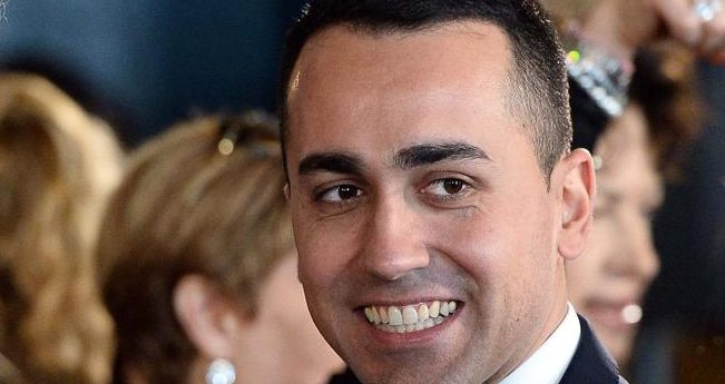 Di Maio incassa la fiducia dei big del M5S, con lui Grillo e Casaleggio