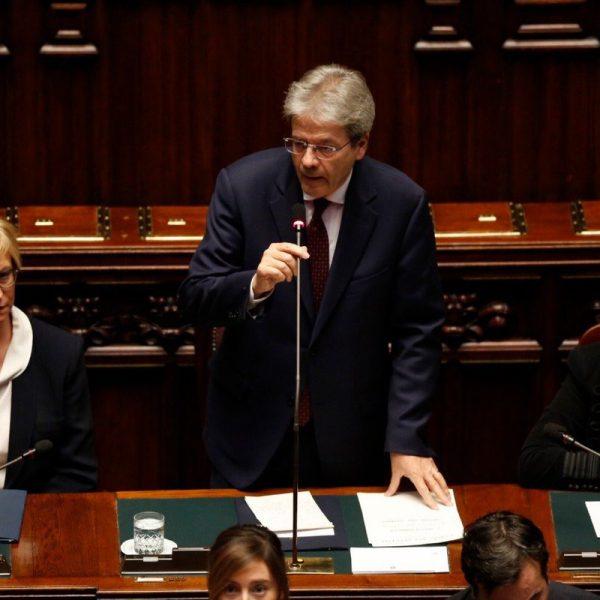 Siria, Gentiloni parla all'Italia: