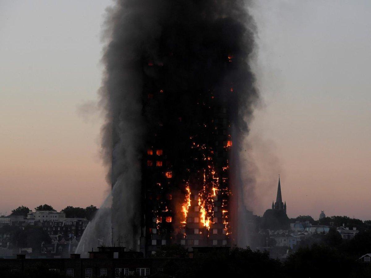L'inferno di Grenfell Tower causato da pannelli a basso costo