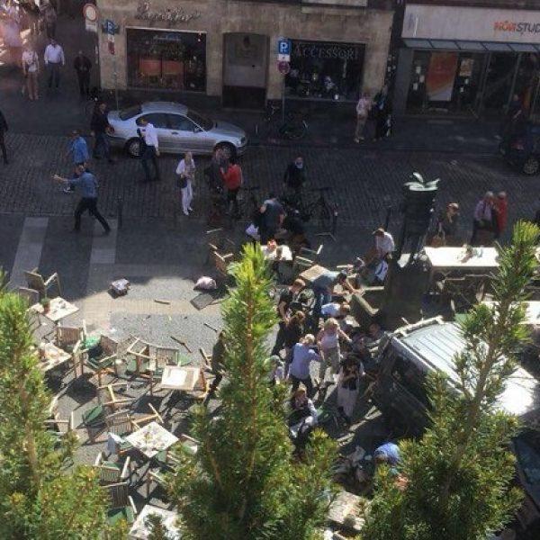 Germania, furgone piomba su passanti: quattro morti e 20 feriti