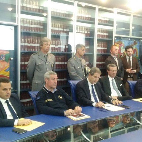 Sicilia, Musumeci presenta il nuovo 'Piano antincendio boschivo'