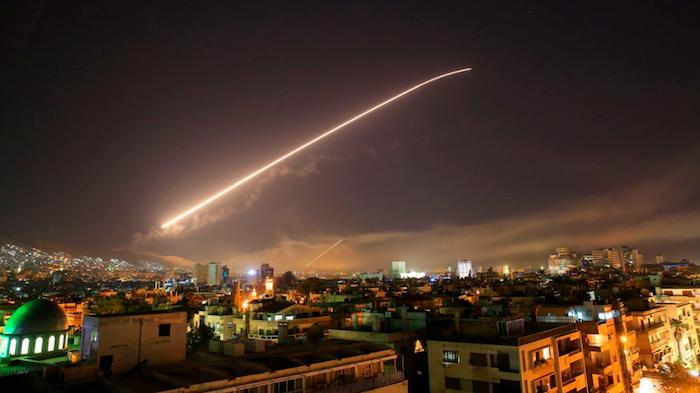 Siria: il bla-bla-bla dei Signori del Sangue e la realtà del massacro di un popolo