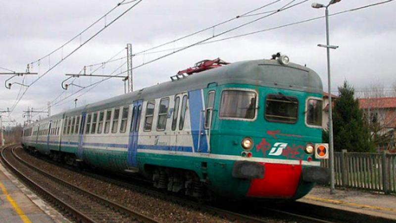 Liguria, deraglia un treno regionale: gravi disagi
