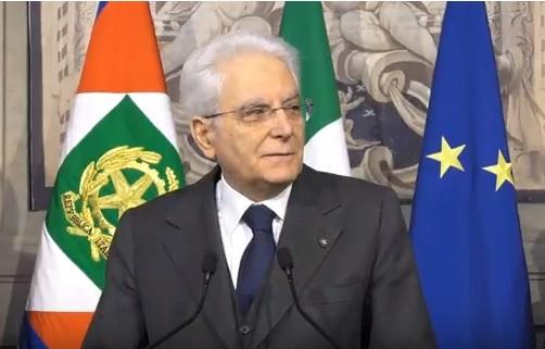 """Governo, Mattarella: """"Lavorare per uscire dallo stallo"""""""