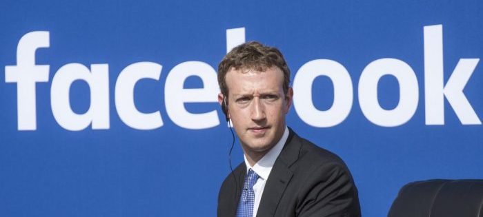 Caso Cambridge Analytica, multa da 5 miliardi per Facebook
