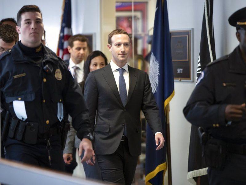 Zuckerberg e la delicata questione Facebook