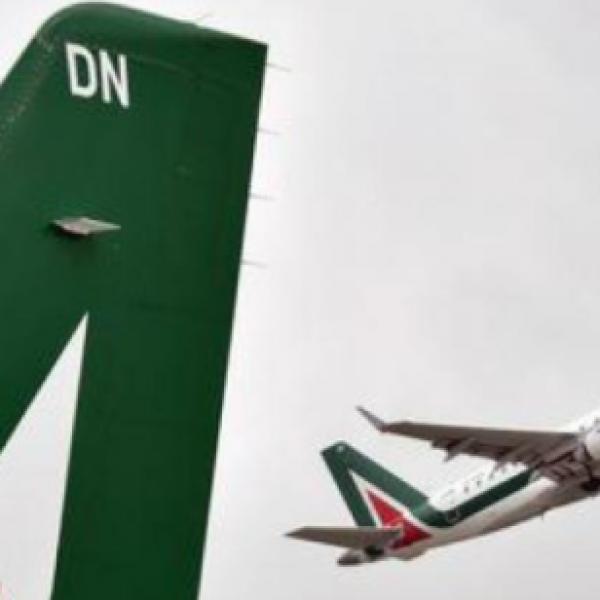 Alitalia, il Ministero: proroga vendita