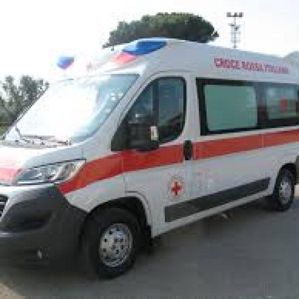 Taranto, si schianta con la minimoto: muore a 9 anni