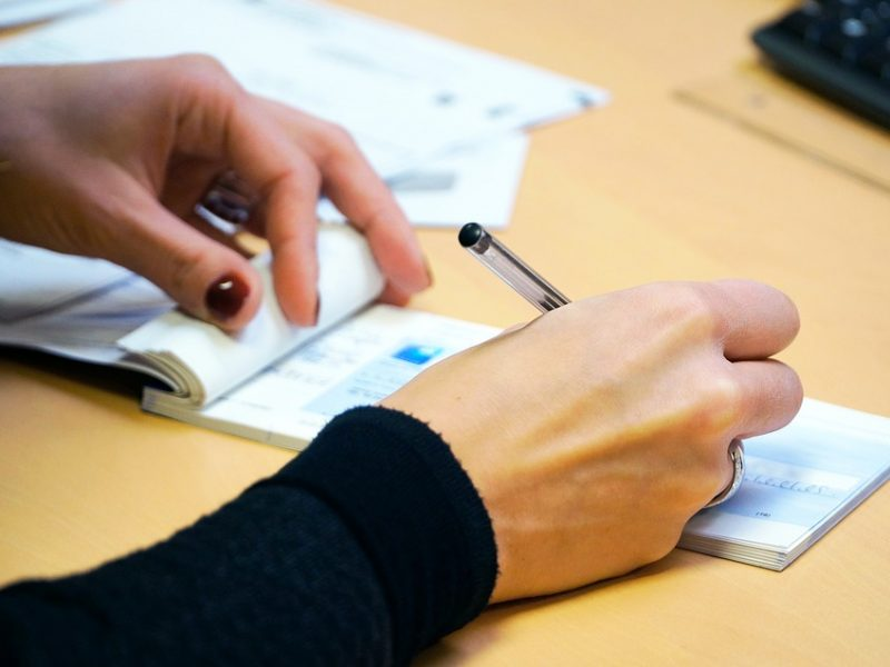 Divorzio, si cambia: rischia il carcere chi non paga l'assegno di mantenimento