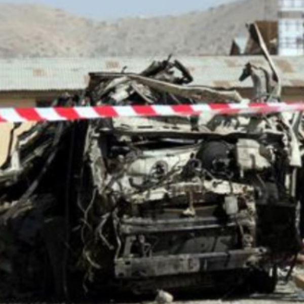 Afghanistan, nuovo attacco kamikaze: 11 bimbi morti