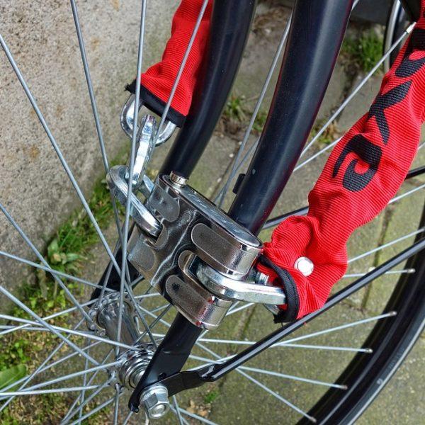 Sirmione, ordinanza choc vieta le biciclette