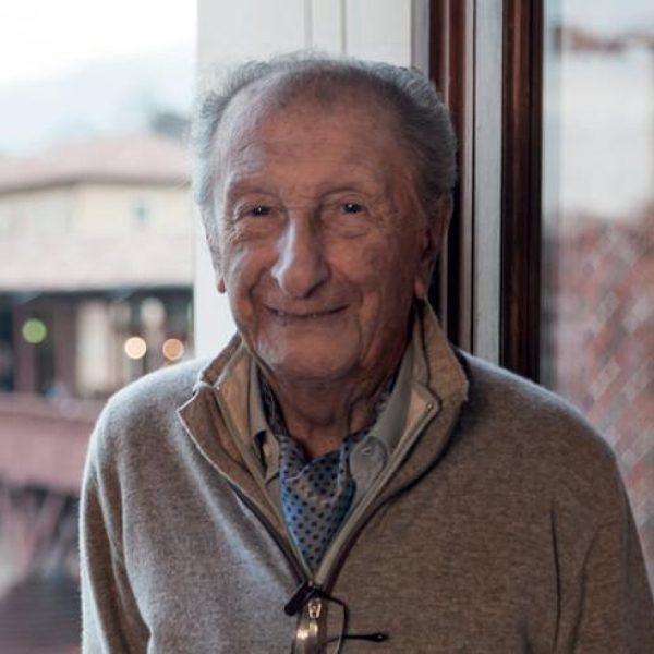 """Addio a Giuseppe Nardini, il """"re"""" della grappa"""