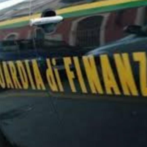 Milano, guardia di Finanza perquisisce sede Regione Lombardia
