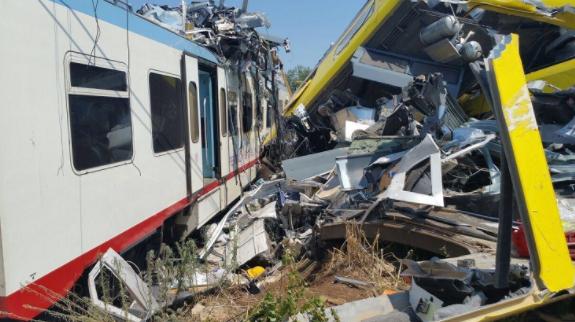 Puglia, scontro fra treni: chiesto processo per 18 persone