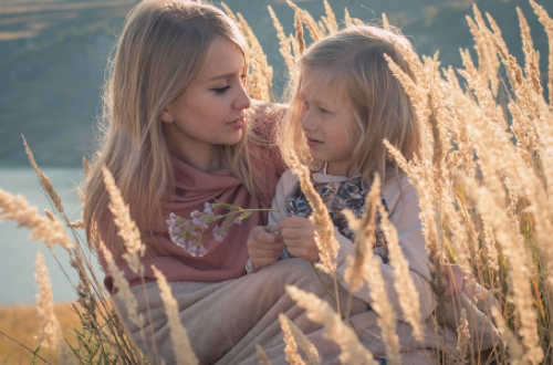 Salute, la dopamina stimola l'istinto materno