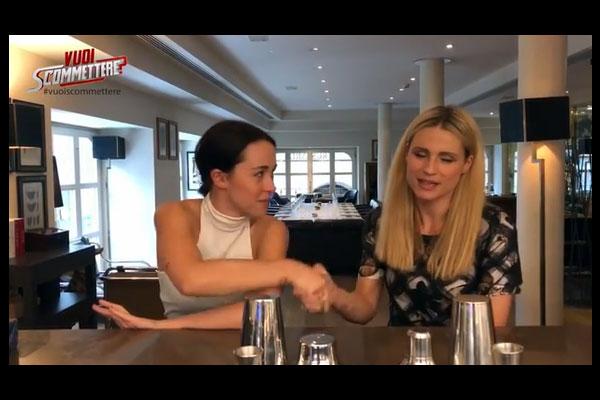 """Michelle Hunziker e Aurora Ramazzotti in """"Vuoi scommetere?"""""""