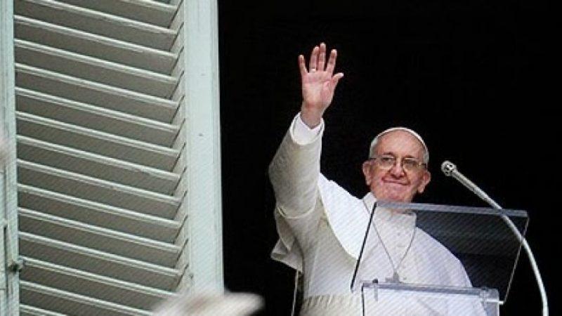 """Papa Francesco confessa: """"Penso a quando mi congederò"""""""