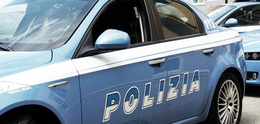 Biella, picchia moglie davanti ai figli: arrestato