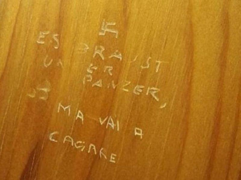 scoperta svastica nei bagno di Montecitorio, simbolo nazista nei bagni dei deputati, Roma, Lazio, choc a montecitorio, trovata svastica nazista sulla porta dei bagni di palazzo montecitorio