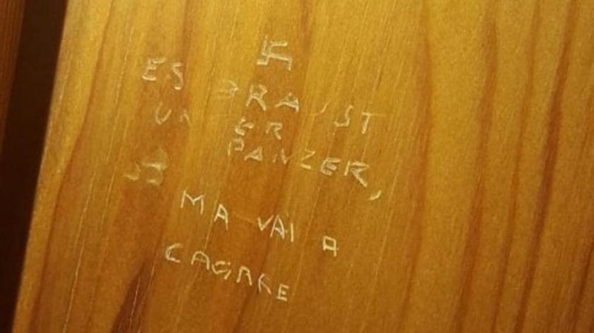 Montecitorio, scoperta una svastica nei bagni dei deputati