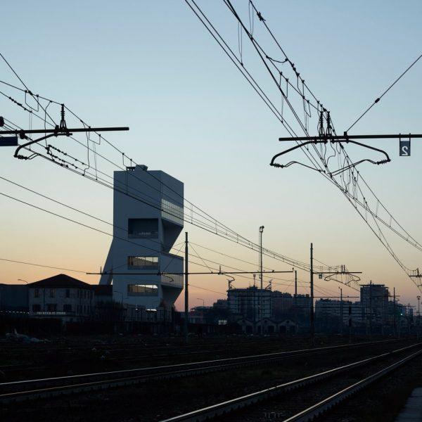 Milano, inaugurata la nuova Torre della Fondazione Prada