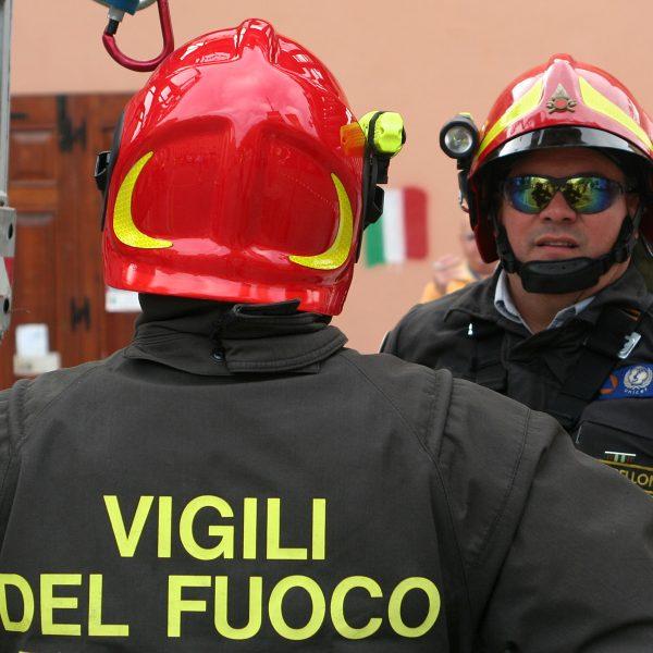 Roma, bus prende fuoco nei pressi del Vaticano