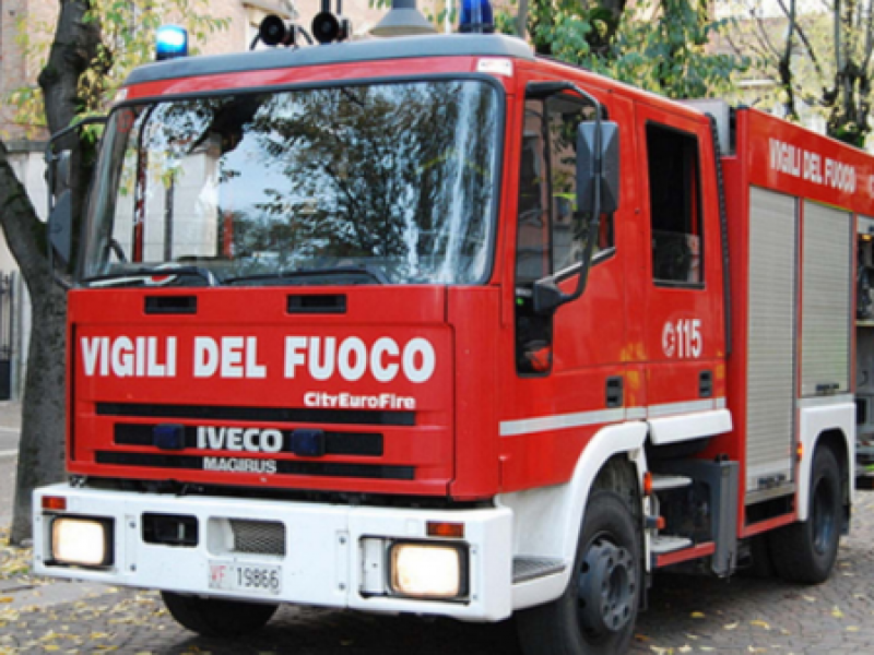 Palermo, incendio in un appartamento in centro Video