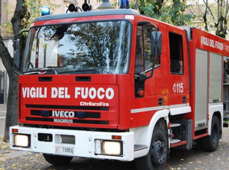 Udine, esplosione in casa: feriti padre, madre e figlio