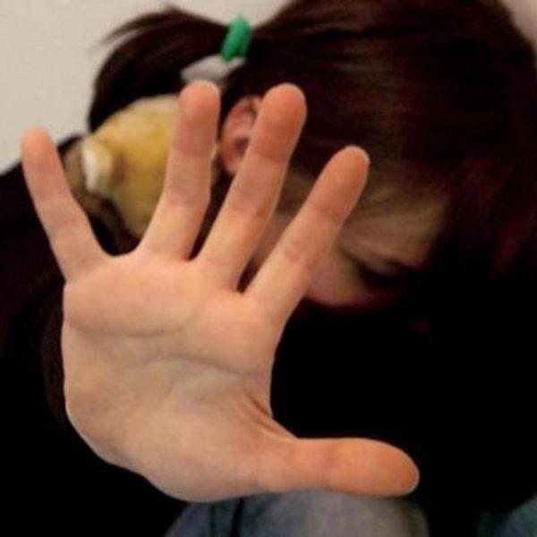 Lecce, violenta una minorenne: denunciato un gambiano