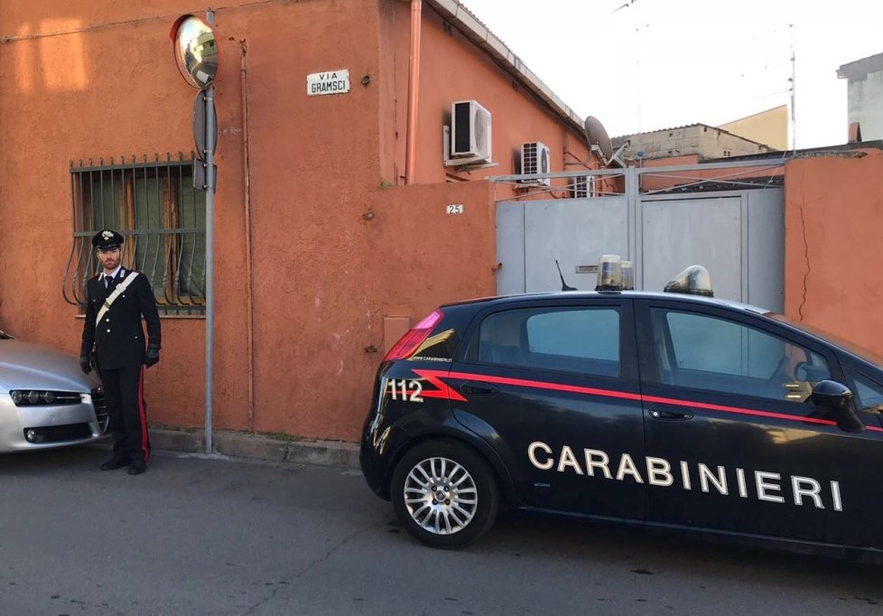 Cagliari, arrestato 64enne: avrebbe adescato e molestato un minore