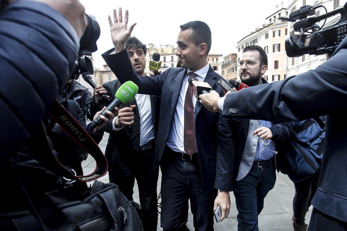 """Di Maio e le banche: """"Hanno un atteggiamento mafioso"""""""