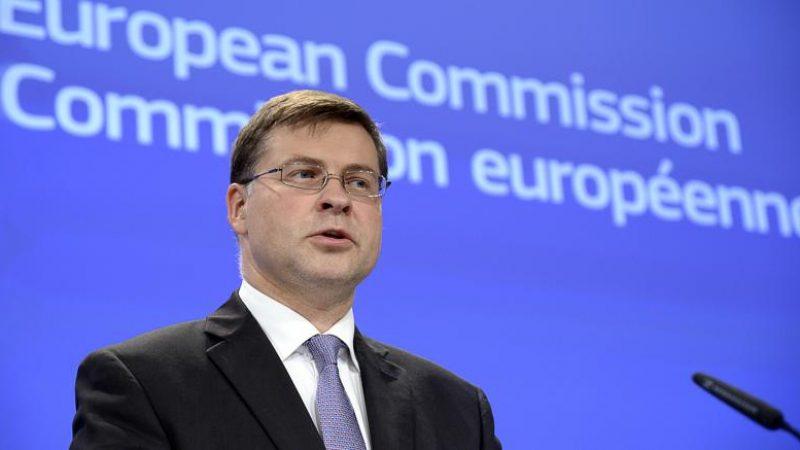 """L'Ue boccia la Manovra e ne chiede una nuova """"entro tre settimane"""""""