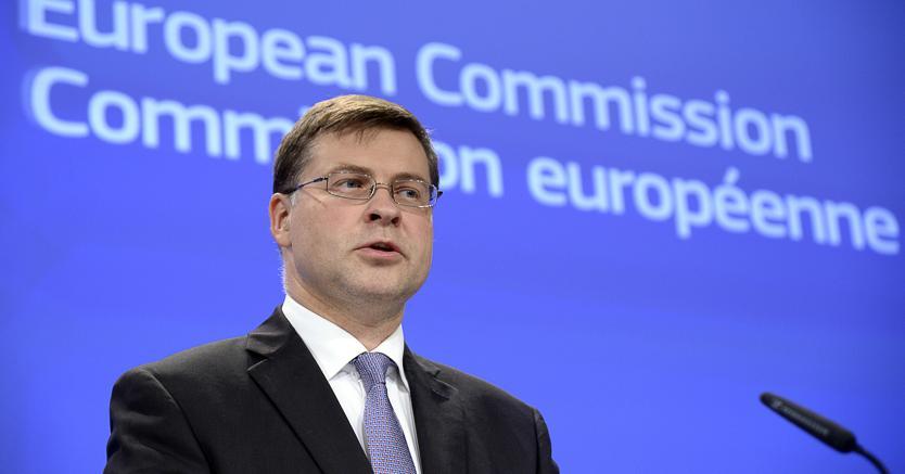 "Manovra, Dombrovskis: ""Serve una correzione considerevole"""