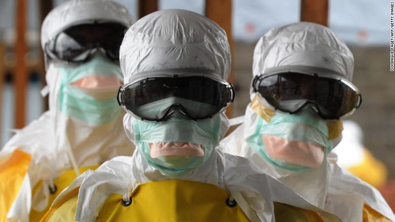Ebola, nuova fase esplosiva in Congo