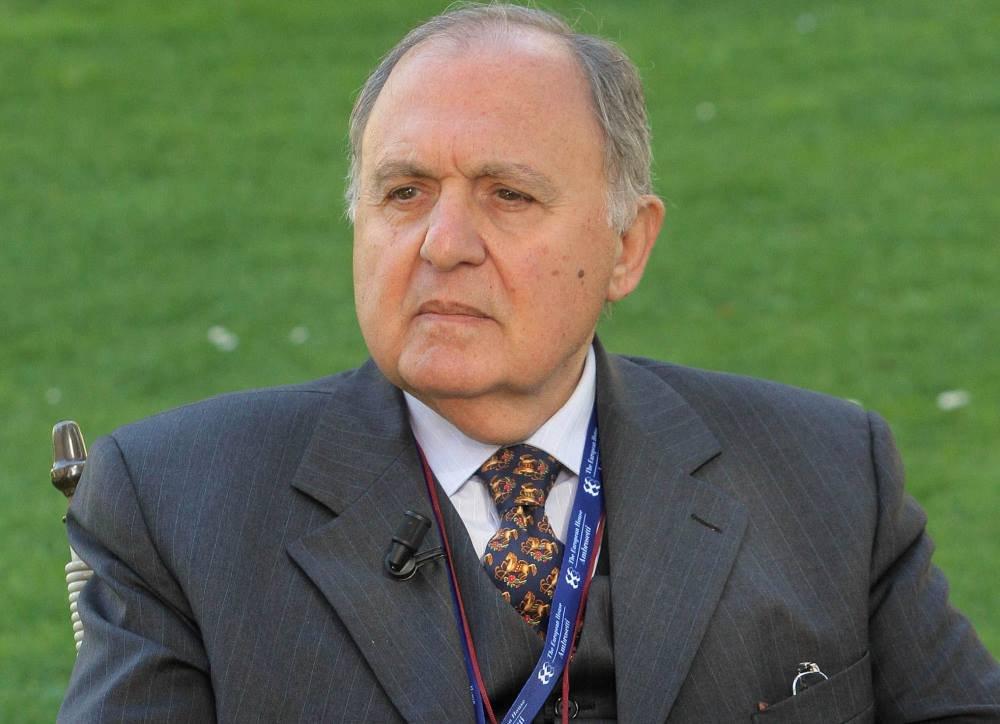 """Savona e l'addio all'euro: """"Occhio al 'cigno nero'"""""""