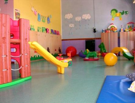 Frosinone, bimbi maltrattati: sospese 2 maestre d'asilo