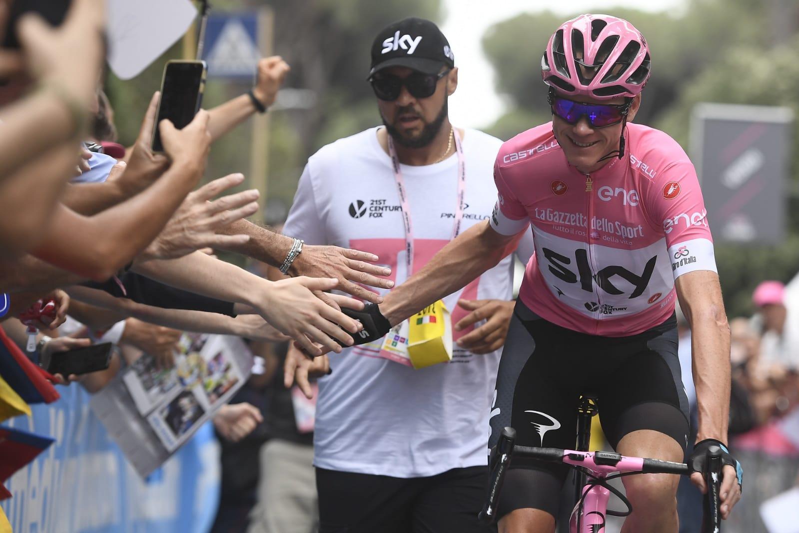 Ciclismo, Giro d'Italia in contemporanea con classiche e Vuelta