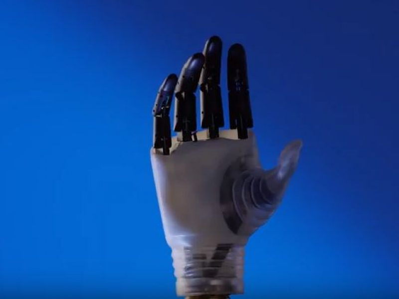 mano robotica efficiente come una mano umana